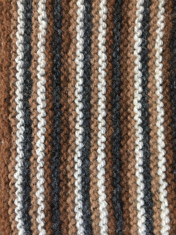 Four-banded design alpaca wool scarf - detail